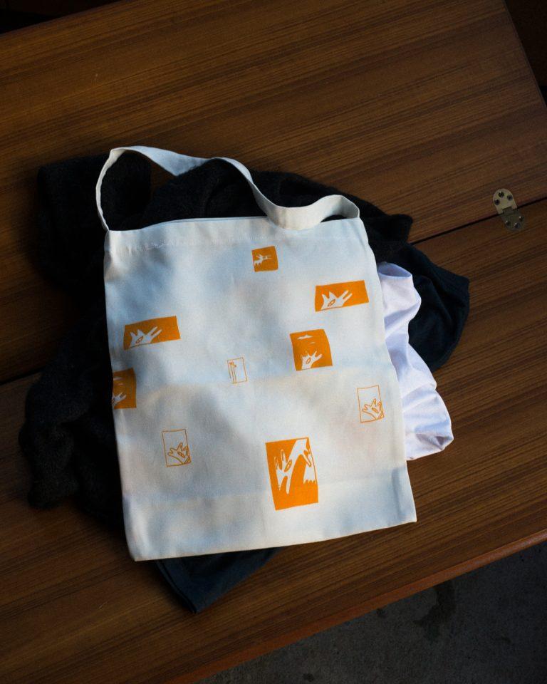 tote bag with orange dog print